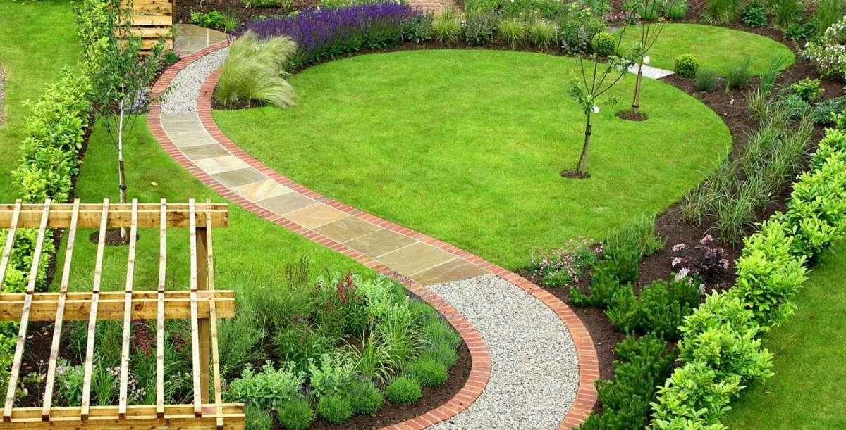 Siepi Da Giardino Prezzi : Viburno lucido la siepe ideale per il tuo giardino la terra di gaia